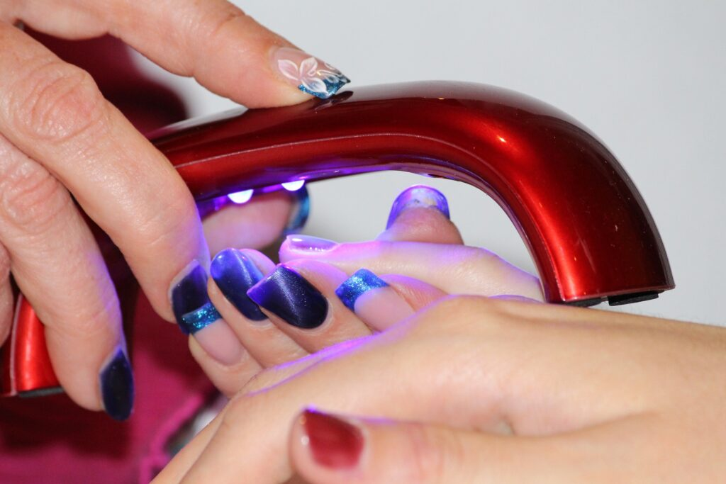 Nail art con smalto semipermanente