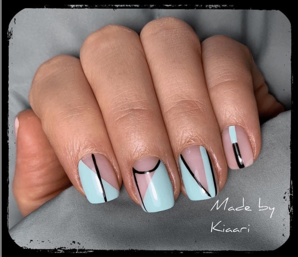 Unghie Primavera 2021: nails art grafiche